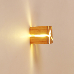 Nordycki kreatywny osobowość ściana z drewna światło z litego drewna prosta ściana z drewna światło na kierownicę Split drewno ściana korytarza światło w Wewnętrzne kinkiety LED od Lampy i oświetlenie na