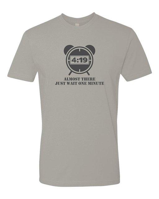 Hombres Casi Allí Sólo Espere Un Minuto 4:20 Fumador de Malezas Camiseta hombre camiseta