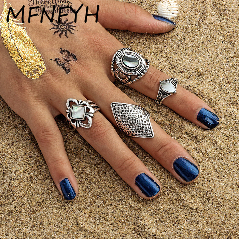 MFNFYH 4pcs/Set Punk Boho Antique Silver Finger Rings Set for Women Vintage Carved Flower Geometric Stone Turkish Knuckle Ring