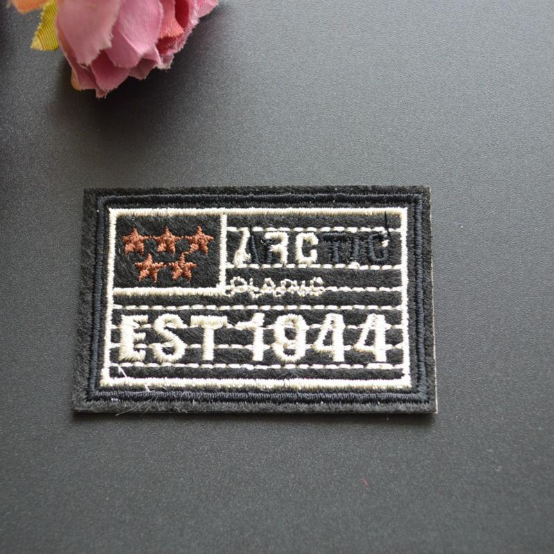 07ff6b03500ce Livraison gratuite correctifs appliques 6.2 cm * 4.2 cm broderie fer sur  Patch old parche Applique Patch Badge de vêtements 10 PCS