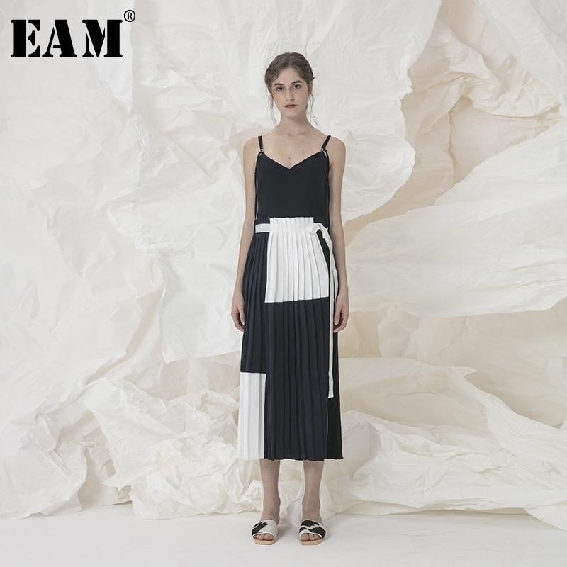 [EAM] 2018 New Summer Women Fashion Tide V-neck Spaghetti Strap Patchwork Pleated Hit Color Irregular Woman Dress SA202