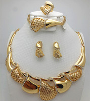 Top Exquisite Dubai Jewelry Set Luxury 18K Gold Plated Big Nigerian Wedding African Beads Jewelry Set