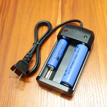 Battery Dual Charge 26650/18650/14500/18500/10440 Flashlight Lithium Battery Universal Charger 3.7V 4.2V