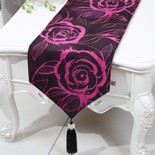 Modern Long Rose Floral Table Runner Wedding Decoration Table Cloth Placemat European American style Dining Table Pads