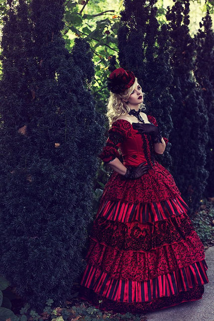 Top Sale Masquerade Circus Ball Gown Wedding Gothic Victorian Holiday Red  Black 3 Piece Set One of a Kind! Size Medium dadf8f017d29