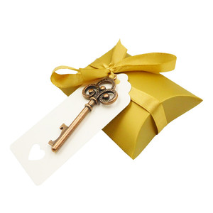 Image 5 - 50pcs/set Wedding party Bottle Opener Keychain with Tag Paper Candy bag Gifts for Guests Wedding Souvenirs Decoration