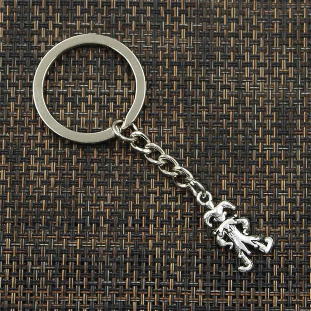 Nowe mody mężczyzna 30mm brelok DIY metalowy uchwyt łańcuch w stylu vintage clown joker jester 25x12mm srebrny wisiorek prezent