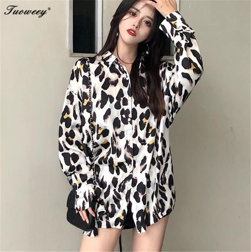 Korean Style Women Blouses and Tops Wild sexy Fashion Loose Leopard Print Ladies Shirts Long-sleeve New Autumn 2018 loose sexy blusa sexi animal print