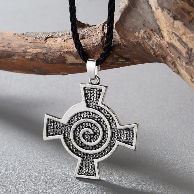 2849b2bc4b3f Chengxun antiguo collar hombres encanto Odin símbolo Viking colgante mujeres  espiral celta hidromasaje Cruz colgante amuleto