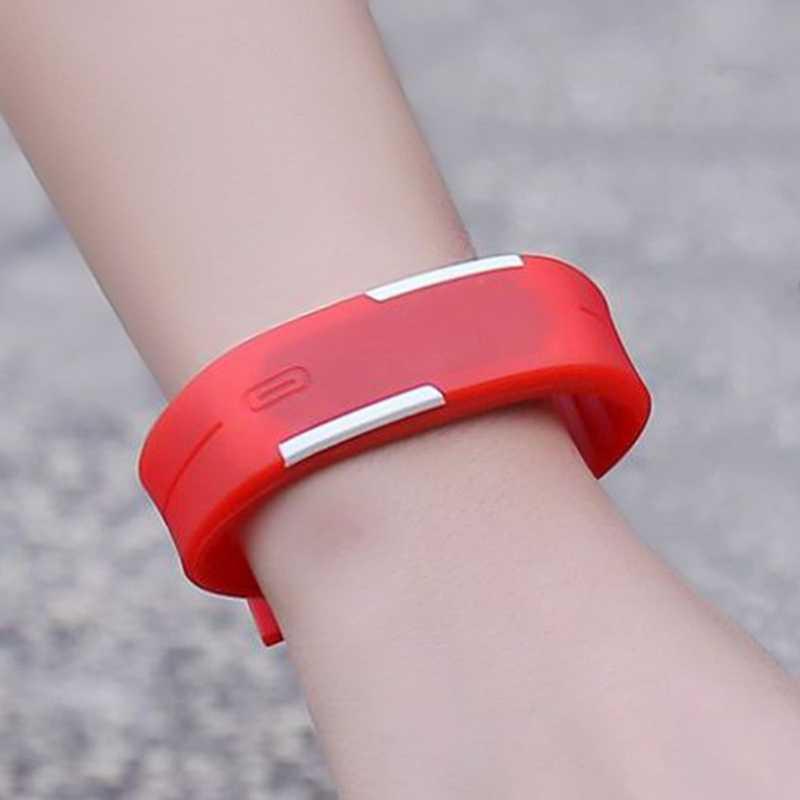 LED デジタル腕時計電子腕時計男性の女性の子供スポーツウォッチクリエイティブカレンダーカラフルなゴムスマート Montre ファム