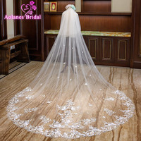 2018 Ivory Natural White Tulle 3M Wide 3.5M Long Cathedral Wedding Veil With Comb Champagne Applique Edge Two layer Bridal Veils