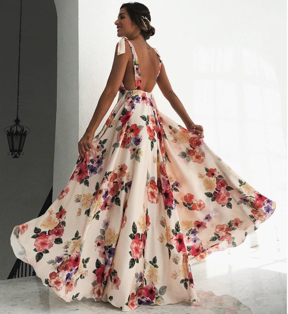 Women Long Summer Bohemian Dresses Beach Vestidos Boho Vintage Evening  Party Gown Sexy Backless Floral Maxi 26cb26ec2e27