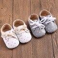Romirus zapatos de bebé zapatillas de fondos blandos patrón de estrella modelo bebé mocasín zapatos de los bebés recién nacidos prewalkers botas de cuero de la pu