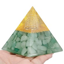 TUMBEELLUWA Green Aventurine Orgone Crystal Pyramid Reiki Healing Energy Chakra Balancing Meditation 60mm