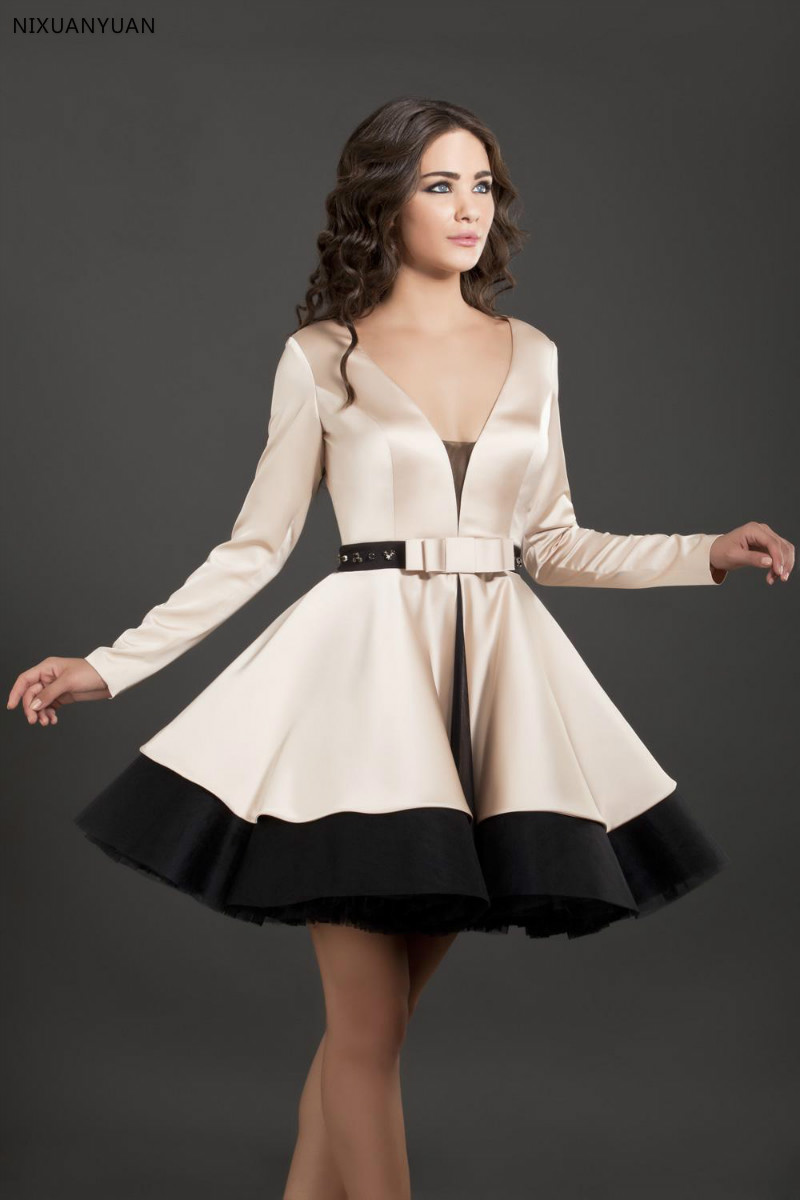 2019 Hot Selling Black and Champagne V-Neck Short   Cocktail     Dresses   with Long Sleeves Vestidos De Formatura