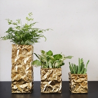 Creative wrinkled paper styling gold silver ceramic vase Individual art simple home decoration vase
