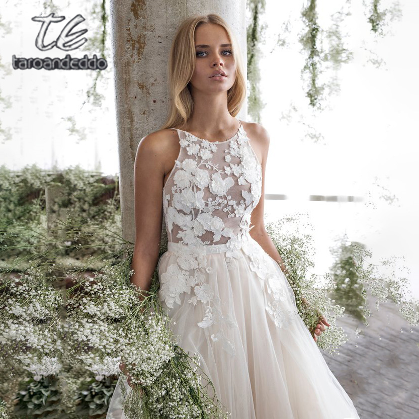 Spaghetti Straps Scoop Wedding Dress Sleeveless 3D Flower Lace Appliques Backless A Line Tulle Illusion Bridal Gown with Train-in Wedding Dresses from Weddings & Events    1