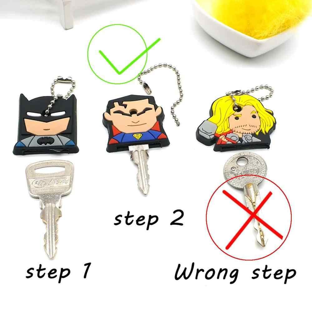 Chave Mulheres Cadeia Saco dos desenhos animados Batman Chave Titular B Anime Minnie Cap ear Anel Chave Chave Herói Chaveiro Kitty Ponto capitão Chaveiros