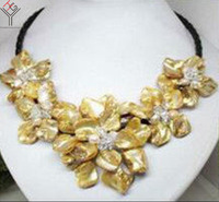 Women Jewelry natural pearl crystal bright yellow 5 flowers pendant shell mother of pearl necklace black leather 18