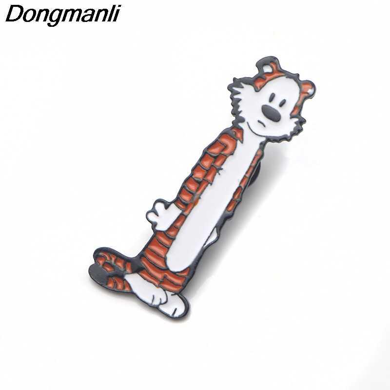 P3680 Dongmanli Hobbes Tigger Sveglio Dello Smalto del Metallo Spilli e Spille per Risvolto Spille Borse Zaino Distintivo Cool Regali