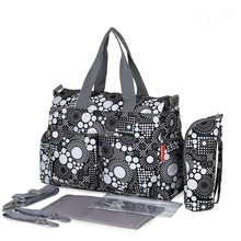 2016 NYA ankomst Fashion Mother Bag Baby Nappy Väskor Stor Kapacitet Maternity Mummy Diaper Bag Dot Flower Style 6st / set