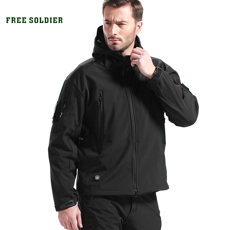 FREE SOLDIER outdoor sport clothing for camping climbing hiking jackets softshell Fleece fabric instant waterproof coat