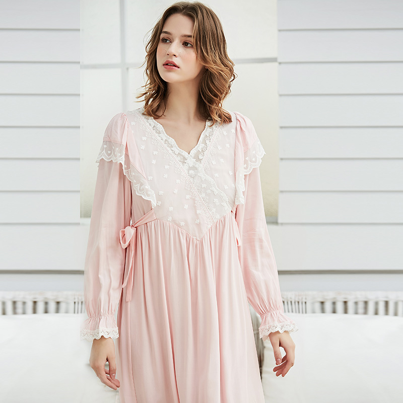 Gentlewoman Nightgown Vintage Lace Cotton Nightgown Women Elegant White Sleepwear Dress Long sleeved Nightdress Pink Ladies