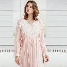 37f0cf08a5 Dama camisón de encaje Vintage Camisón de algodón de las mujeres blanco  Elegante ropa de dormir vestido de manga larga camisón R..