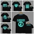 Envío gratis 2016 moda corea cantante G-Dragon fluorescente t shirt manga corta que brillan en la oscuridad Hip hop Bigbang camiseta