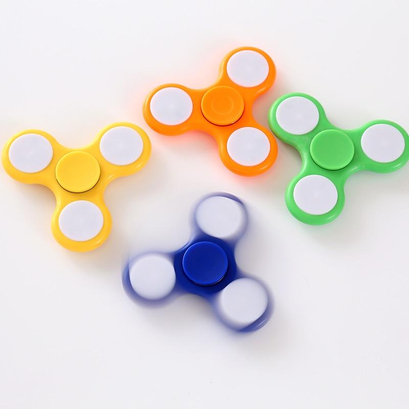 New 3 LED Light Fidget Hand Spinner Plastic Finger Toy EDC Focus Gyro Gift