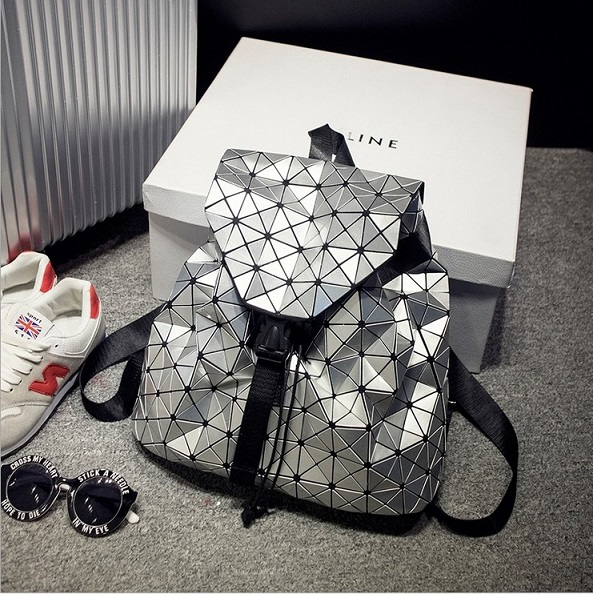 ef085e81d9 BaoBao Diamond Woman Drawstring bag Issey Miyak Laser female bag mirror  stereo BAOBAO folding bag Shoulder bag with logo Tags