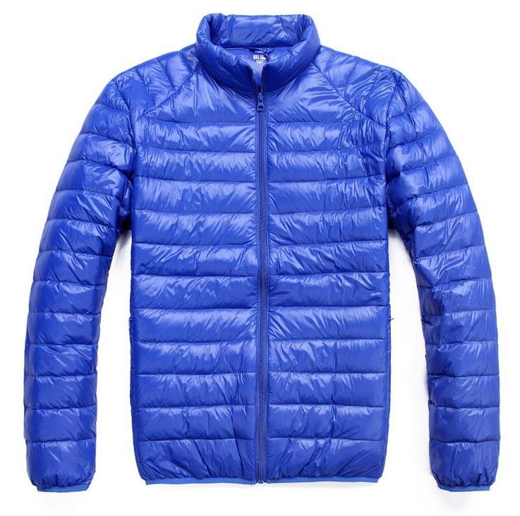 Мужская зимняя куртка ультра светильник 90% белый утиный пух куртки повседневное портативное зимнее пальто для мужчин размера плюс 4XL 5XL 6XL - Цвет: Light blue