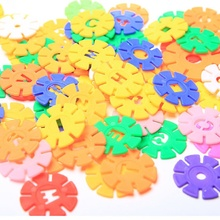 цена на Snowflakes large children's building blocks plastic bulk tablets intellectual power girl boy baby fight to insert building block