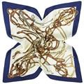 58 cm * 58 cm de Seda de Las Mujeres 2017 Nuevo Estilo Euro Diseño Clásico Marca Correa de Cadena Hermosa Impreso Primavera Pequeña Bufanda cuadrada Delgada Suave