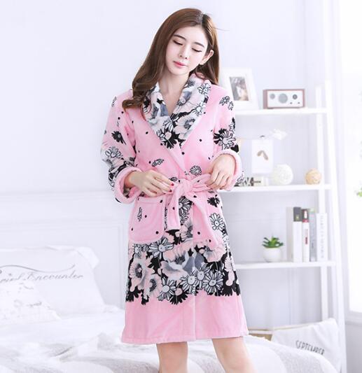 Women Winter Bathrobe Flannel Winter Robe Female Sleepwear Warm Robes Vintage Print Dressing Gowns For Women Home Clothes