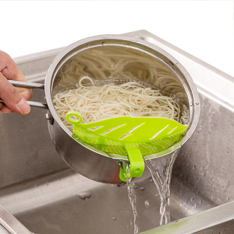 Hoomall 1Pc Leaf Shaped Rice Wash Gadget Noodles Spaghetti Beans Colanders & Strainers Kitchen Fruit&Vegetable Cleaning Tool(China)