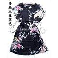 Negro Pavo Real Chino túnica Nueva Llegada pijamas de Seda Rayón de Las Mujeres Albornoz Bata de Un Tamaño de La Flor Envío Gratis