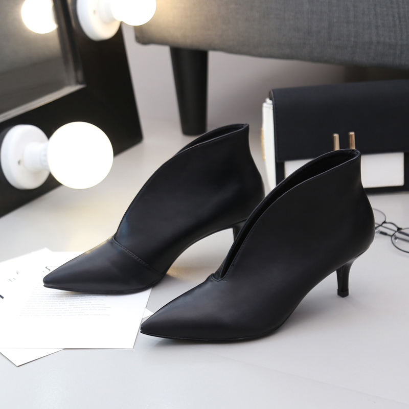 Matte leather Pointed Toe V Mouth Small Size High Heel Shoes Brand Paragraph Low heeled Sexy