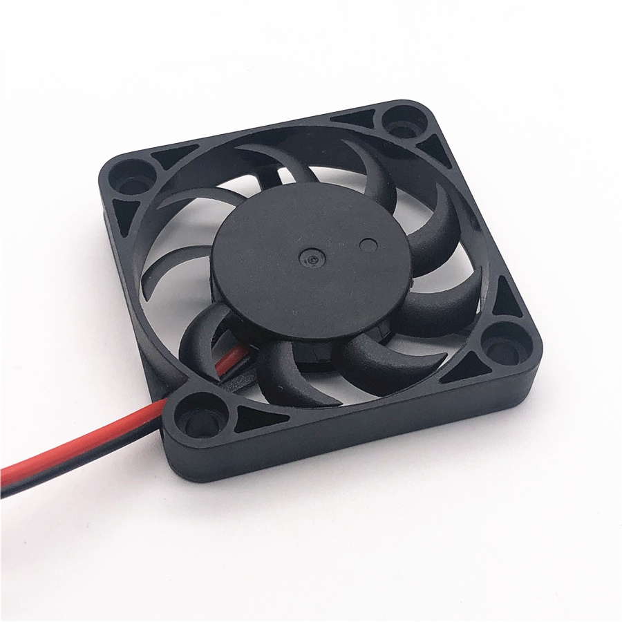 New 4007 <font><b>40MM</b></font> 4CM <font><b>fan</b></font> 40*40*7mm 5v 0.15A 12V 0.1A The graphics card <font><b>fan</b></font> Cooling <font><b>fan</b></font> laptop miniature <font><b>quiet</b></font> <font><b>fan</b></font> 2pin 5PCS image