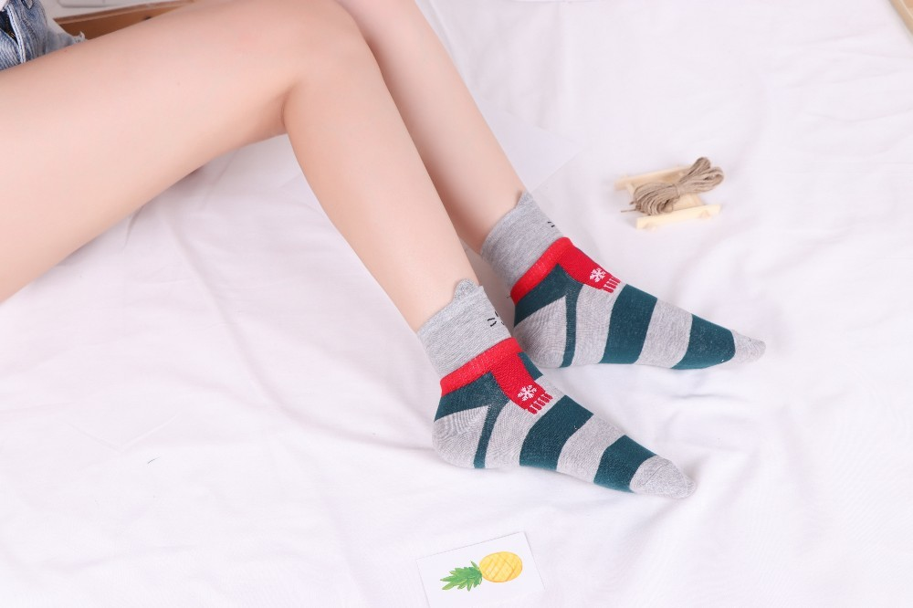 HTB1ijgwBZyYBuNkSnfoq6AWgVXaN - New Design Animal Patterned Short Socks Women shiba inu Cartoon Ankle Socks Female Fashion Funny Socks Cotton Hosiery Christmas