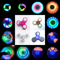 2017 New Fidget spinner puzzle unicorn Fashion party led Stickers Hand spinner mini crossbow Glow in the dark stickers spinner