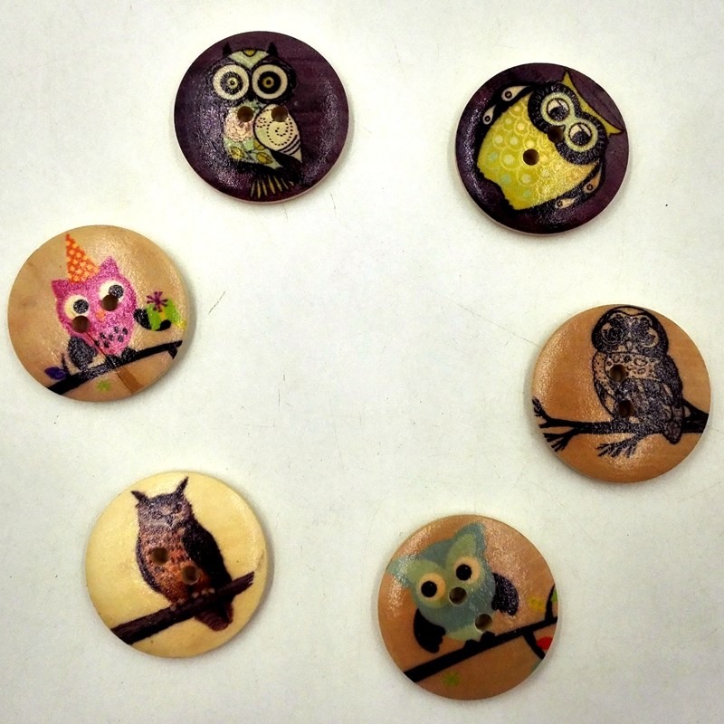 20 Wood buttons 4 designs of owels prints 30mm