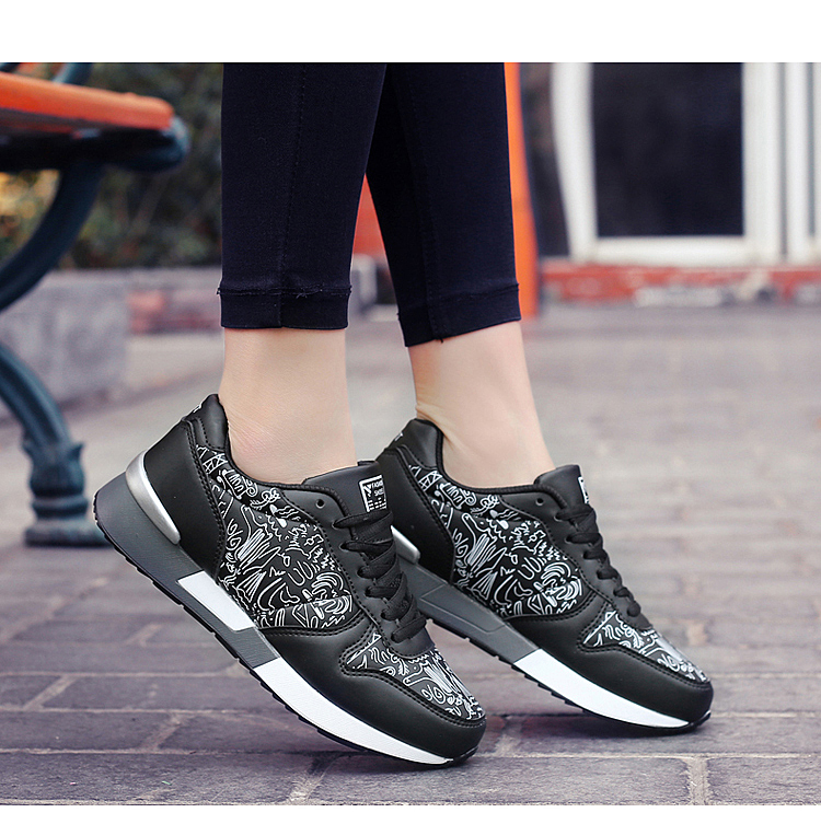2017 Spring Graffiti Valentine Shoes Women Flat Heel Lace Up Leather Casual Shoes Plush Size 44 Low Top Sport Outdoor Shoes ZD43 (62)
