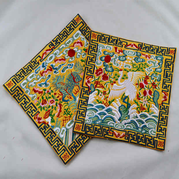 Chinese characteristic National embroidery red crane 26*26cm for DIY The patch bag coat The mouse Paddecorations