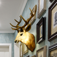 European style wall dining room retro background hanging wall deer head antlers Scandinavia artesanato statue escultura