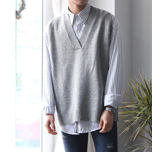 Image 2 - 2018 Winter Mens Slim Fit Sleeveless Cashmere Knitting Woolen Pullover Casual Sweater Waistcoat Vest V neck Sleeve Single Knit