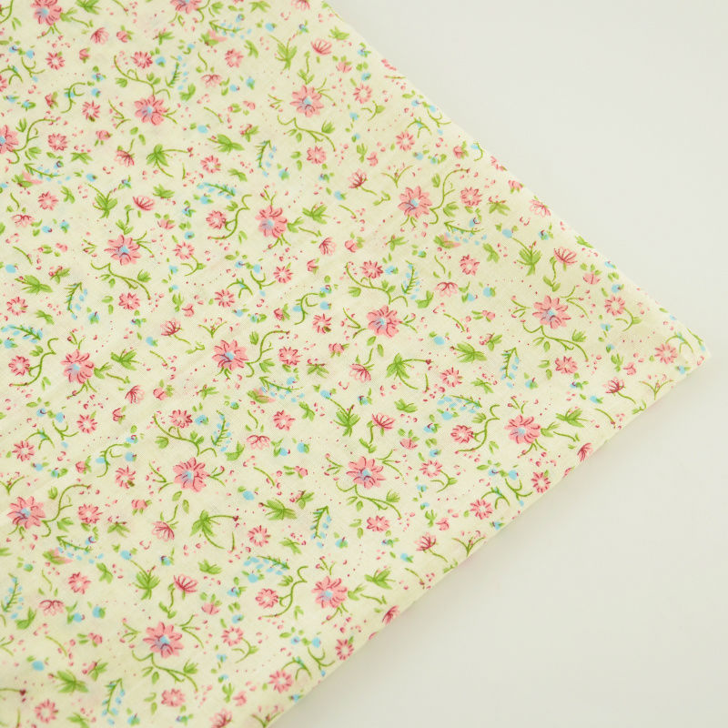 ᗑ】Booksew tela de algodón 100% flores rojas y hojas verdes diseño ...