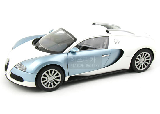 brand new autoart 1 18 scale bugatti eb 16 4 veyron grey. Black Bedroom Furniture Sets. Home Design Ideas