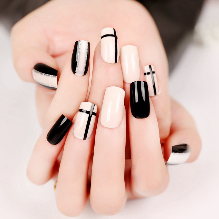 foreverlily 24pcs Cross and Line False Nails Black White Long Square Full Artificial Des ...