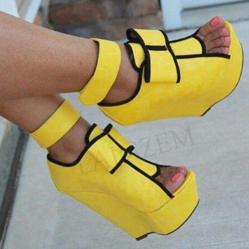 LAIGZEM SUPER ผู้หญิงรองเท้าแตะ Faux หนังนิ่ม Wedges ส้นรองเท้าแตะสีเหลืองรองเท้าผู้หญิง PARTY Club Sandalia Zapato ขนาด 34  52-ใน รองเท้าส้นสูง จาก รองเท้า บน   1